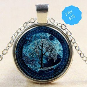 2/$15 Vintage Tree of Life Glass Pendant Necklace